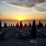 L' alba sul mare a Marcelli di Numana